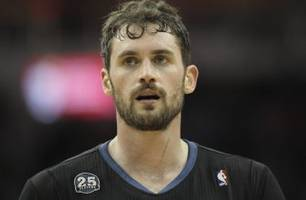 Report: Bulls offer Gibson, Mirotic, McDermott for Kevin Love